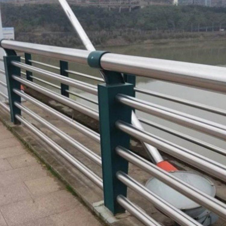 桥梁防护栏